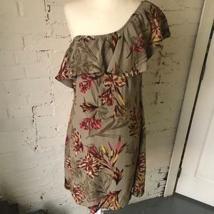ASTR One Shoulder Multi Island Floral Dress